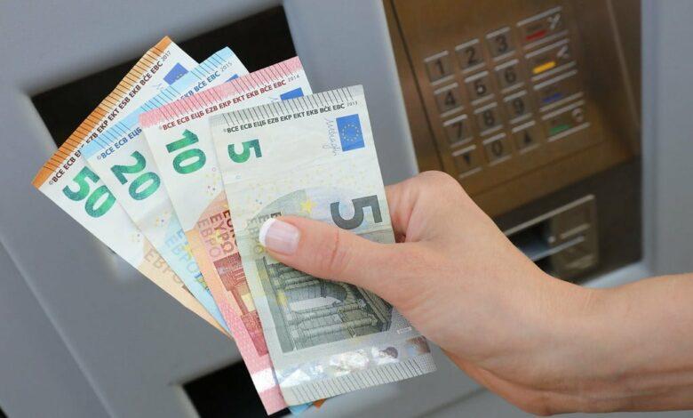 مال في بلجيكا