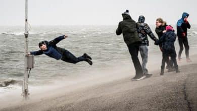 صورة عاصفة ايلين وعاصفة فرانسيس قادمتان الي بلجيكا خاصة واوروبا عامة