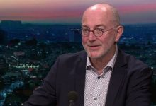 صورة عالم الفيروسات البلجيكي بيير فان دام … لقاح كورونا المتوقع بحلول صيف 2021
