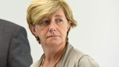 صورة الرئيس التنفيذي لشركة القطارات في بلجيكا ترد على قرارات صوفي ويلميس