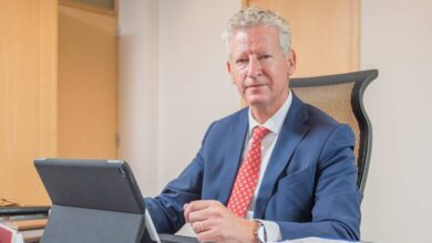 صورة وزير الداخلية البلجيكي دي كريم يتلقى انتقادات من رئيس بلدية