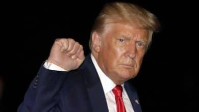 صورة الرئيس الأمريكي دونالد ترامب يريد حظر تطبيق توك توك الشهير