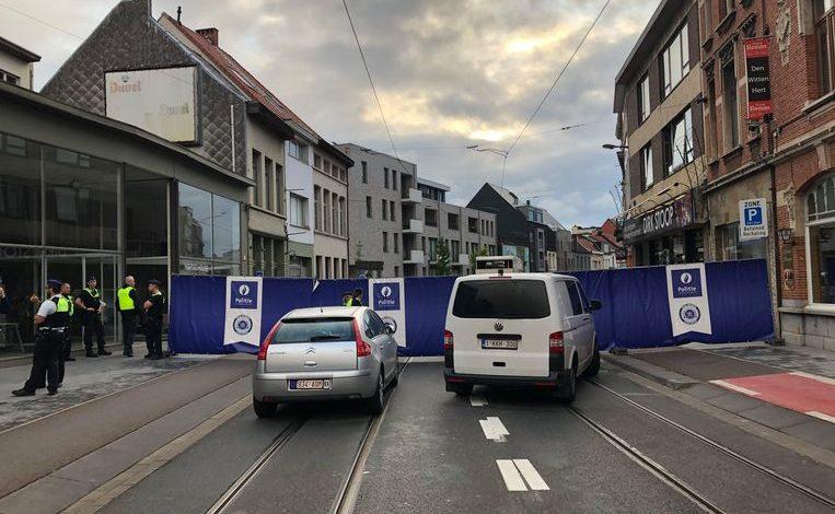 شرطة انتويرب تغلق شارع