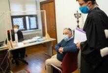 صورة أخبار بلجيكا اليوم ، عالم الفيروسات البلجيكي مارك فان رانست يمثل أمام المحكمة