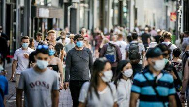 Photo of هولندا تحطم الرقم القياسي للعدوى اليومية للمرة الثالثة على التوالي