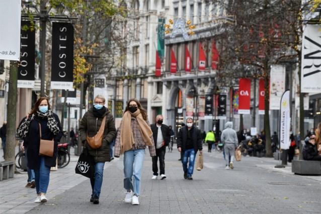 عالم الفيروسات يدعو الى عدم التسوق في بلجيكا