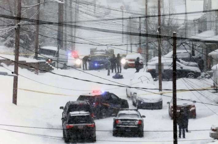 3 قتلى بسبب ازالة الثلوج