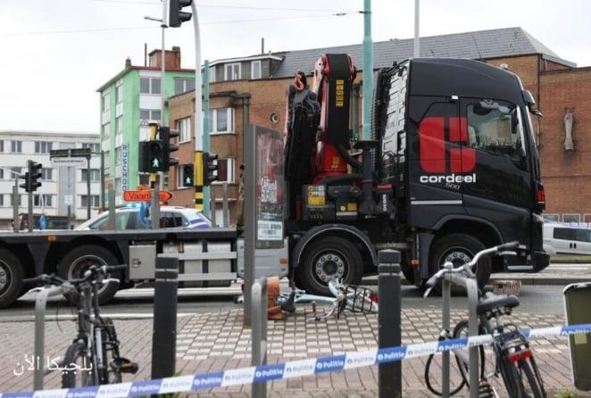 أخبار أنتويرب.. اصابة امرأة بجروح خطيرة بسبب حادث شاحنة مع دراجة