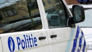 اعتقال أم عربية وصديقها في بلجيكا بسبب وفاة طفل صغير