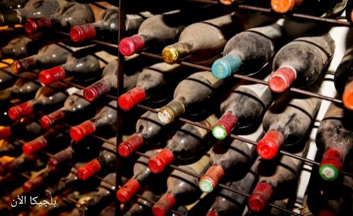وفاة أربعة أشخاص من عائلة واحدة وهم يصنعون النبيذ الخاص بهم